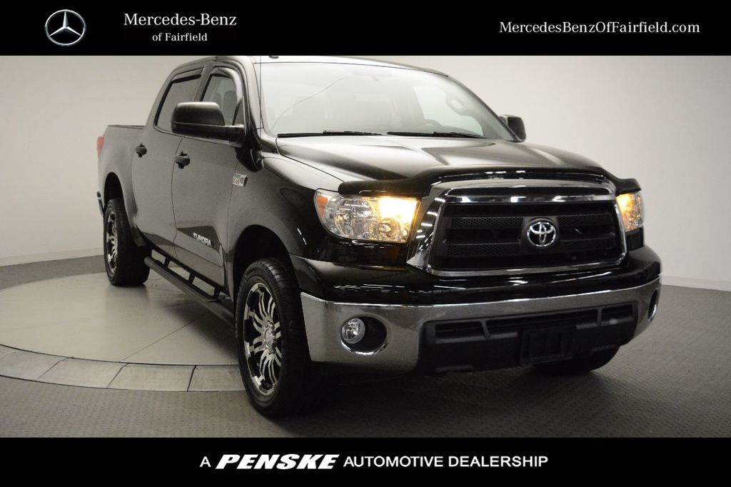 Pre-Owned 2013 Toyota Tundra CrewMax 5.7L V8 6-Spd AT (Natl)