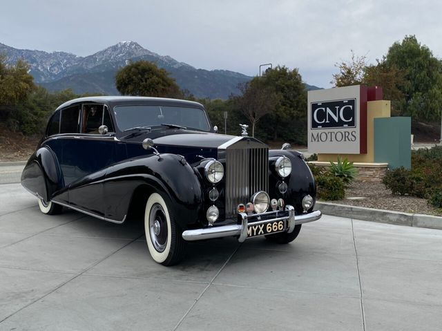 1952 Rolls-Royce Silver Wraith For Sale