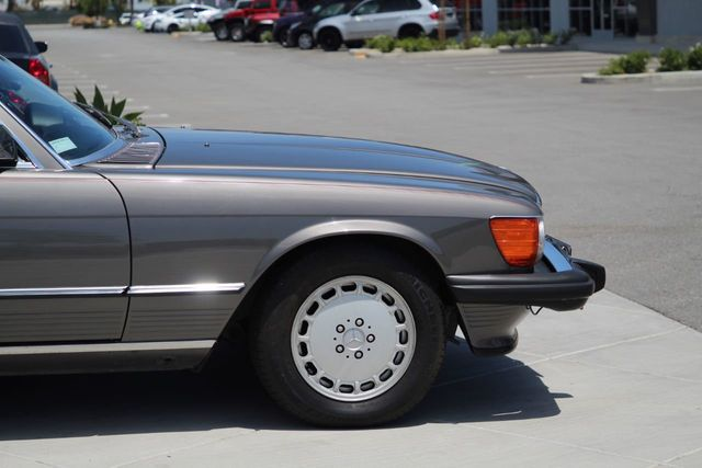 1986 Mercedes-Benz 560 For Sale
