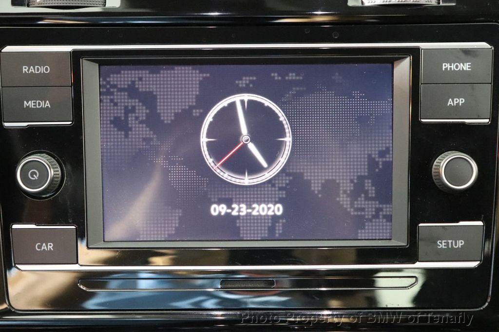 Pre-Owned 2018 Volkswagen Golf GTI 2.0T S