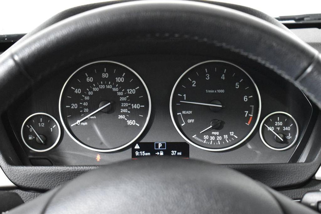 Pre-Owned 2017 BMW 3 Series 320i xDrive