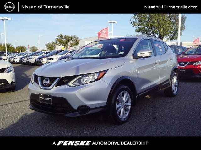 Pre-Owned 2017 Nissan Rogue Sport AWD SV