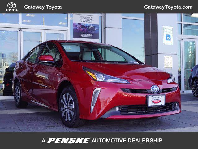 New 2019 Toyota Prius XLE AWD-e