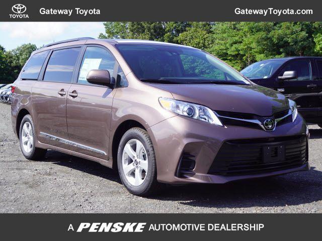 New 2020 Toyota Sienna LE FWD 8-Passenger