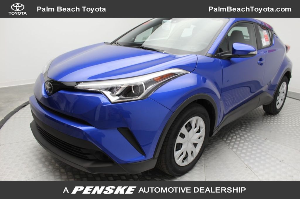 Pre-Owned 2019 Toyota C-HR LE FWD