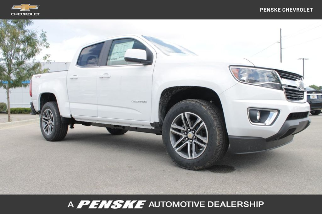 "New 2020 Chevrolet Colorado 4WD Crew Cab 128"" LT"