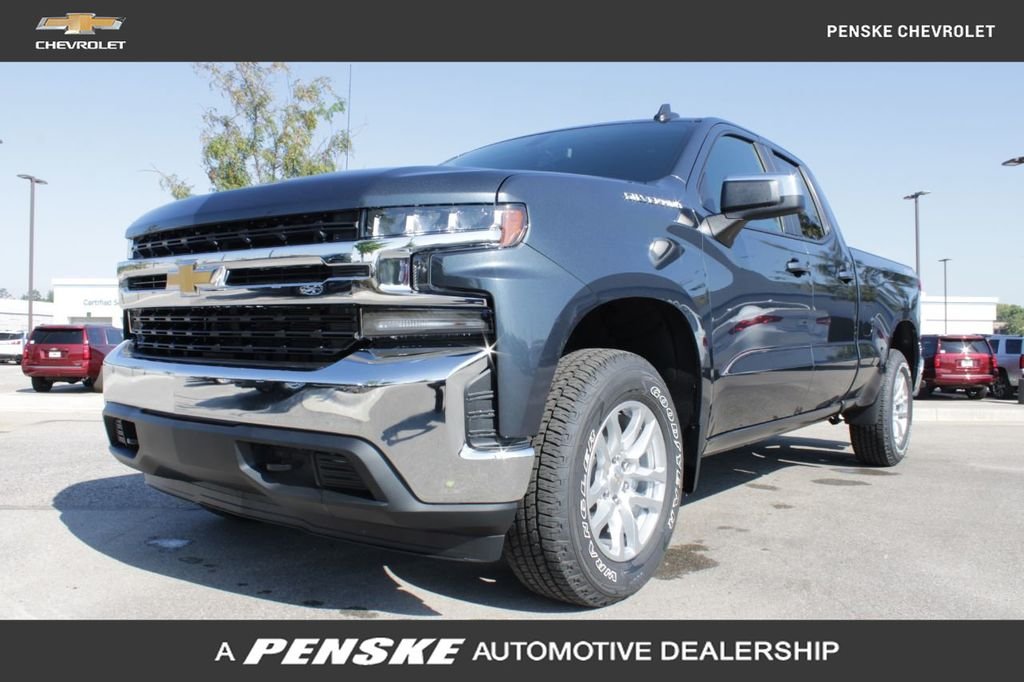 "New 2020 Chevrolet Silverado 1500 4WD Double Cab 147"" LT"