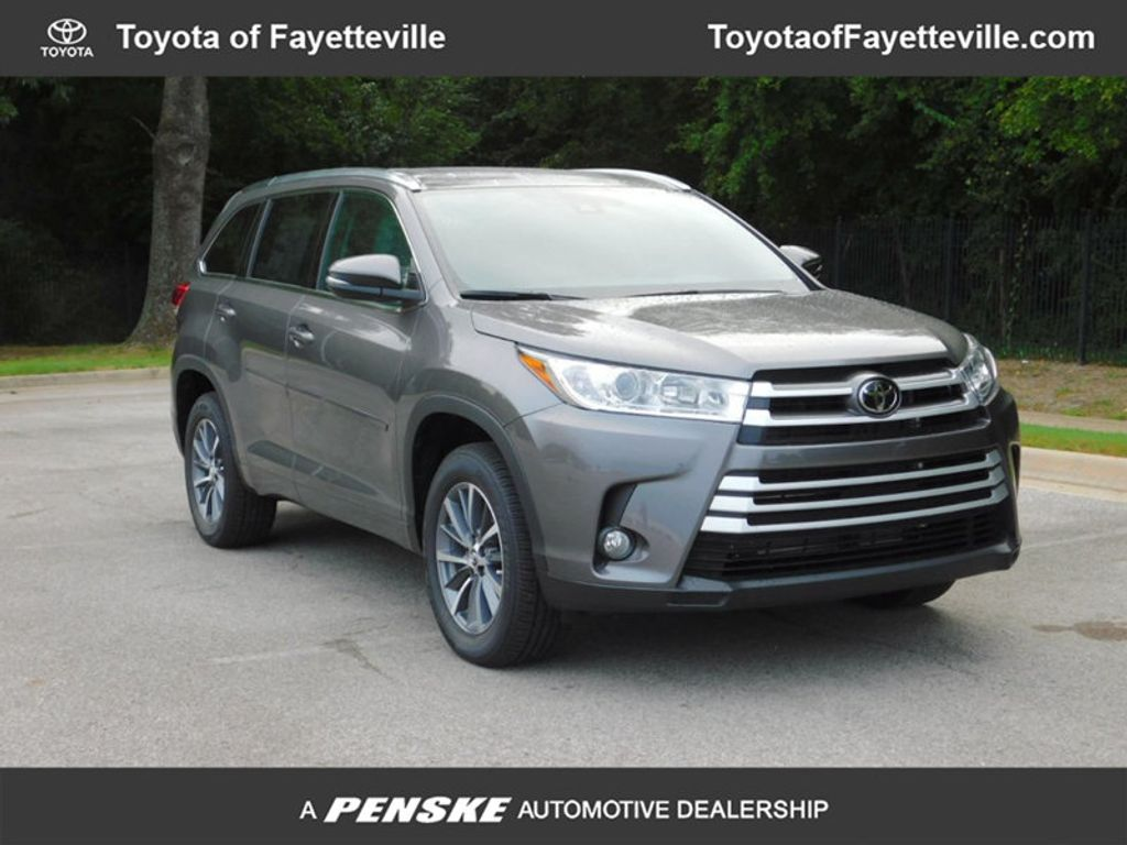 new 2018 toyota highlander xle v6 fwd suv at toyota of. Black Bedroom Furniture Sets. Home Design Ideas