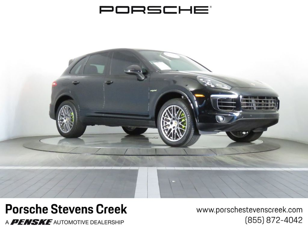 Pre-Owned 2017 Porsche Cayenne S E-HYBRID PLATINUM EDITION AWD