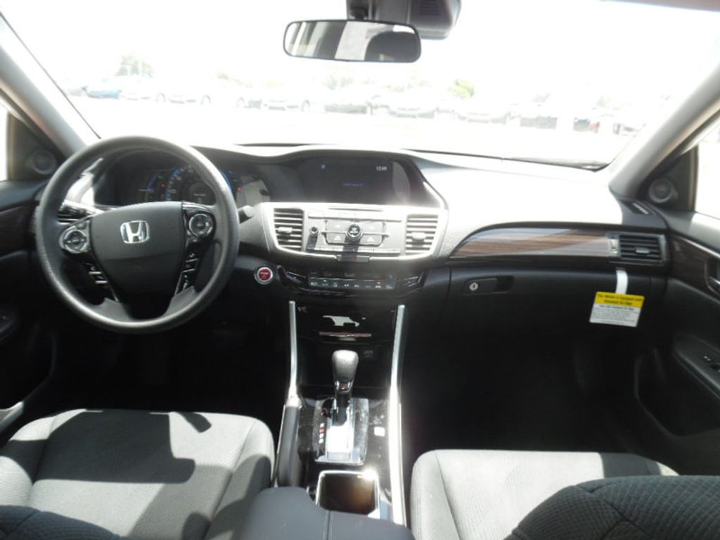 news autoguide is than ever honda hybrid more affordable auto accord