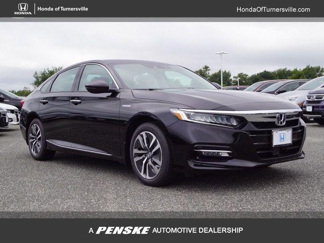 Pre-Owned 2018 Honda Accord Hybrid Touring Sedan