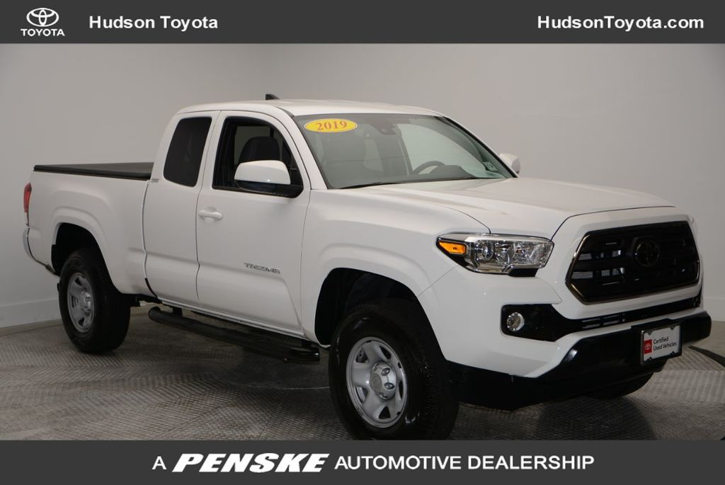Pre-Owned 2019 Toyota Tacoma 4WD SR5 Access Cab 6' Bed I4 AT