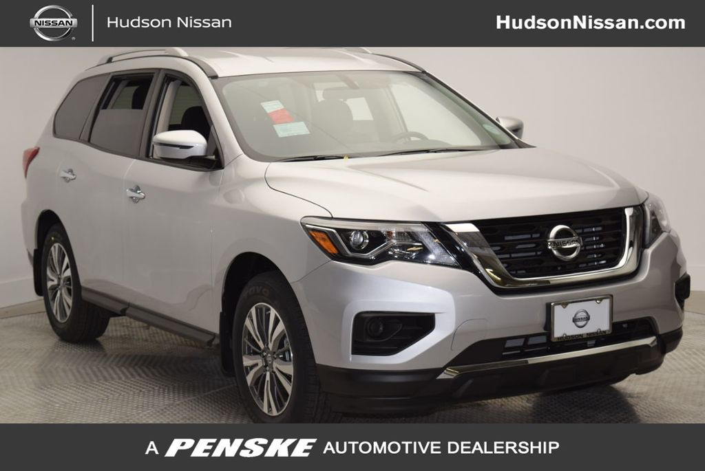 Certified Pre-Owned 2019 Nissan Pathfinder 4x4 S