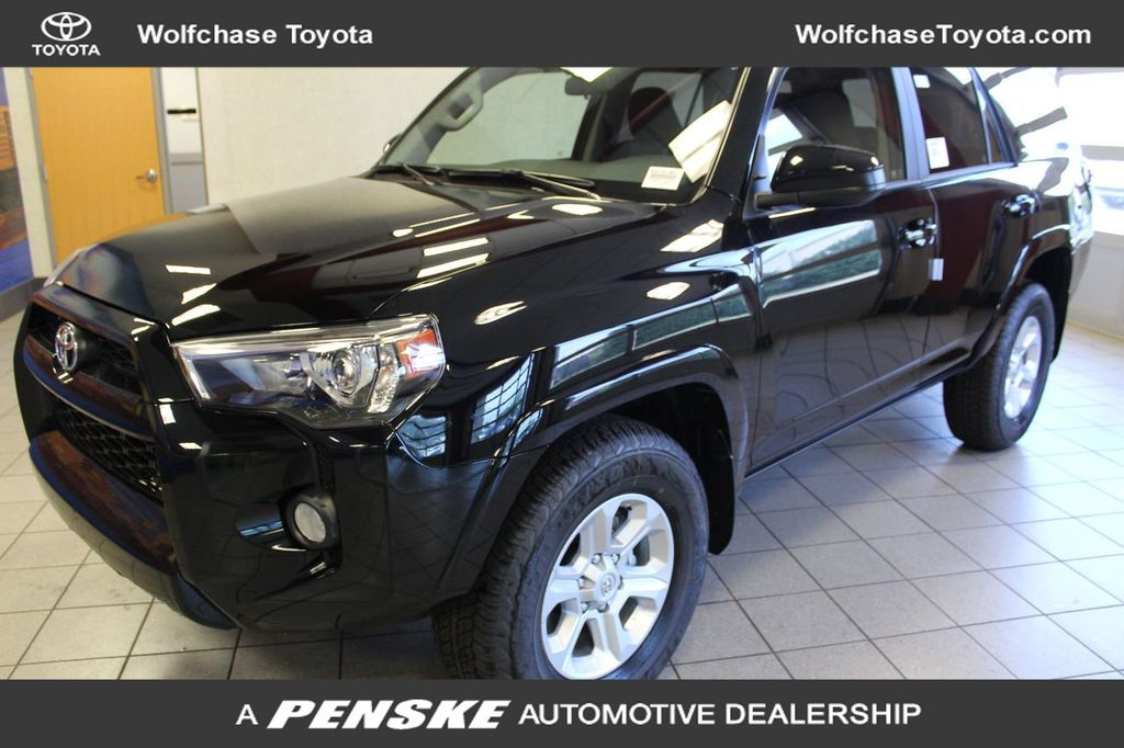 Pre-Owned 2019 Toyota 4Runner TRAC