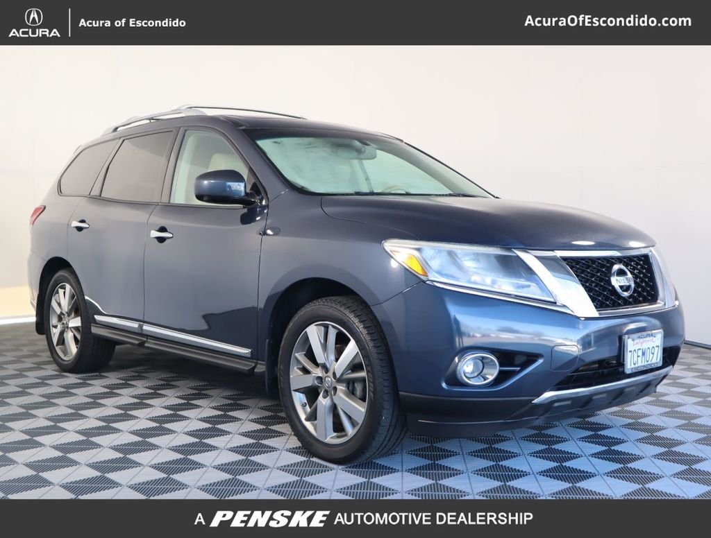 Pre-Owned 2013 Nissan Pathfinder 4WD 4dr Platinum