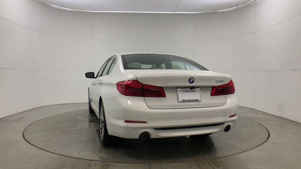 Pre-Owned 2020 BMW 5 Series 530i