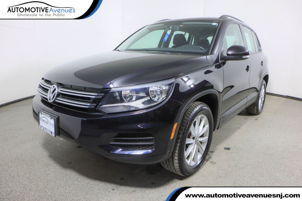 Pre-Owned 2018 Volkswagen Tiguan Limited 2.0T 4MOTION w/ Premium Package