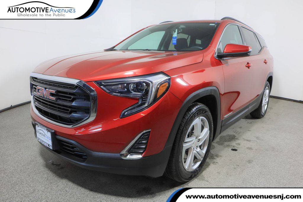 Pre-Owned 2018 GMC Terrain FWD 4dr SLE w/ Driver Convenience & Driver Alert Package