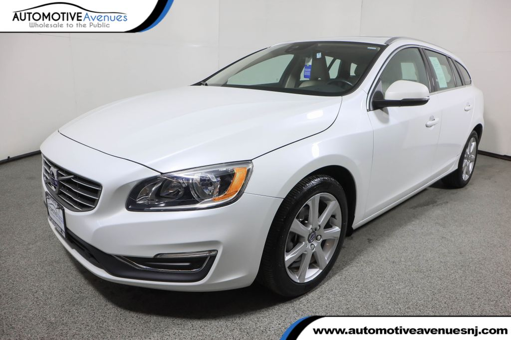 Pre-Owned 2017 Volvo V60 T5 AWD Premier w/ Convenience Package & BLIS