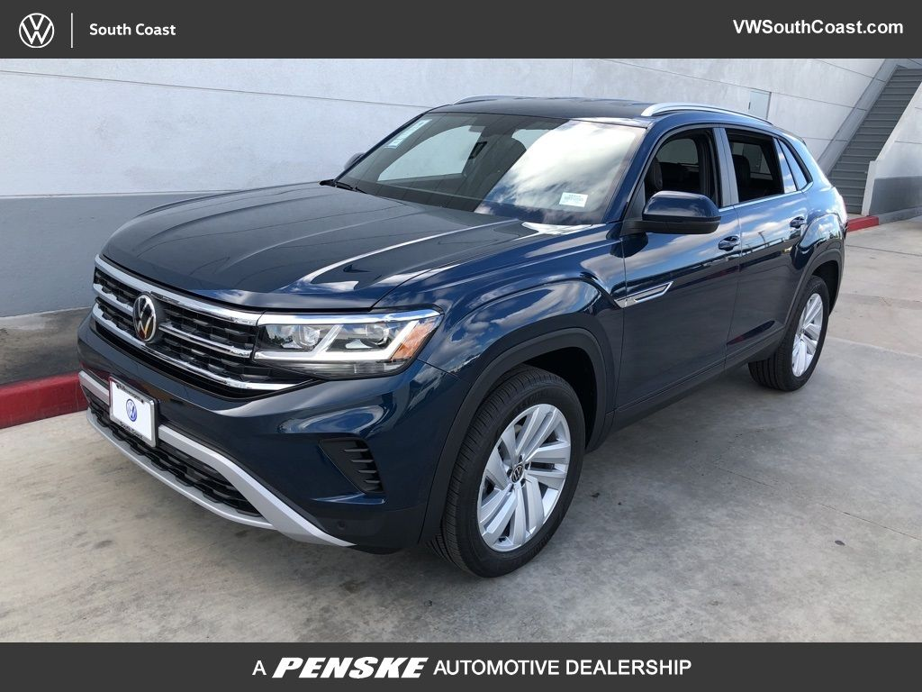 New 2020 Volkswagen Atlas Cross Sport 3.6L V6 SE w/Technology FWD