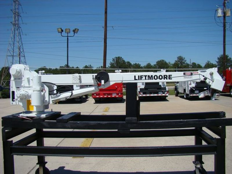New Liftmoore Crane 4000X-20 at Texas Truck Center Serving Houston on pendant speaker, pendant cable, pendant controllers diagram, pendant switch,