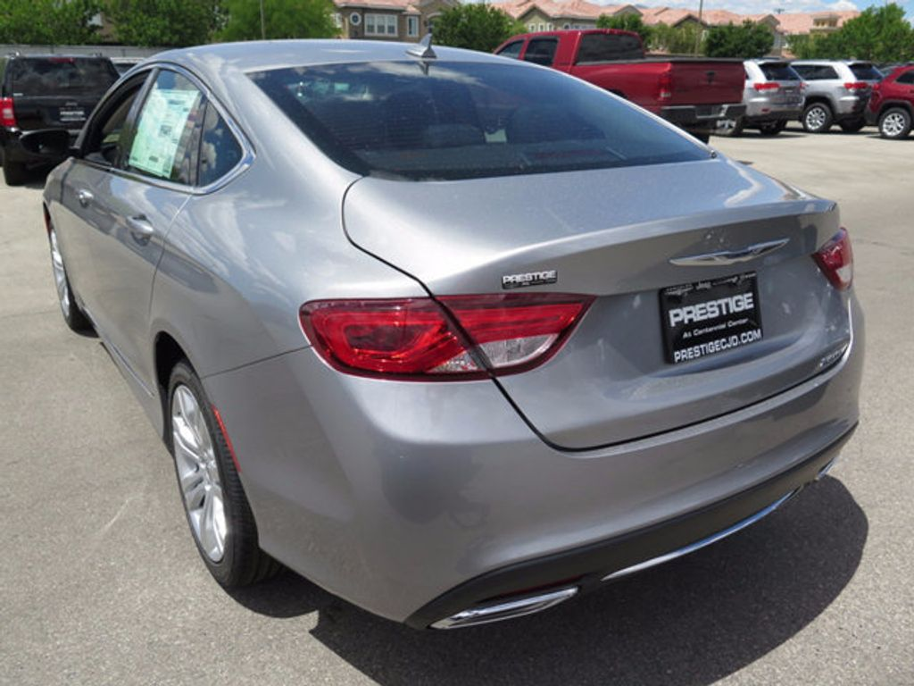 2016 Chrysler 200 4dr Sedan Limited FWD - 16731758 - 3