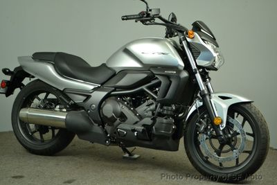 2016 Honda CTX700N NEW! - Click to see full-size photo viewer