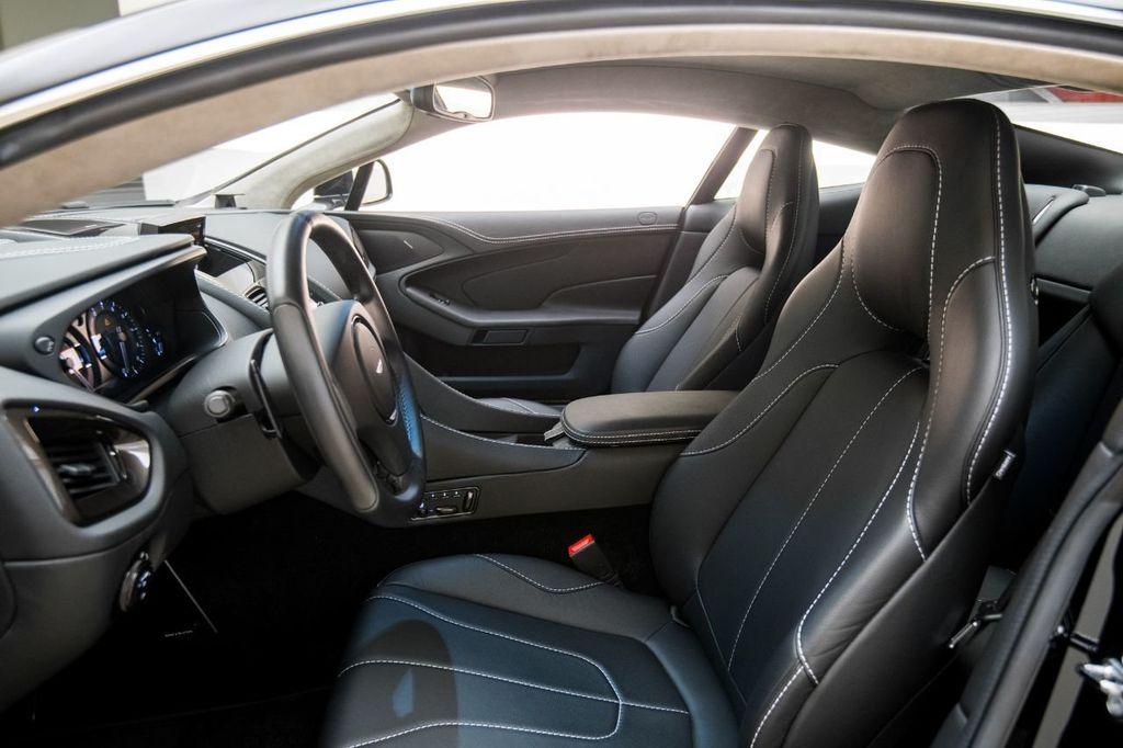 2017 Aston Martin Vanquish Coupe - 15602277 - 9