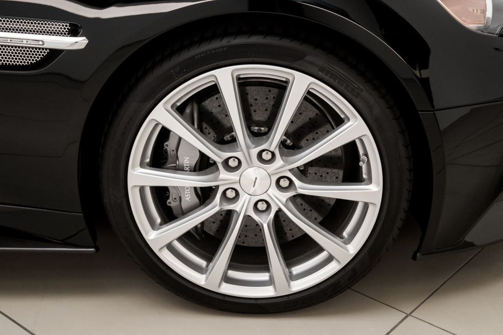 2017 Aston Martin Vanquish Coupe - 15602277 - 27