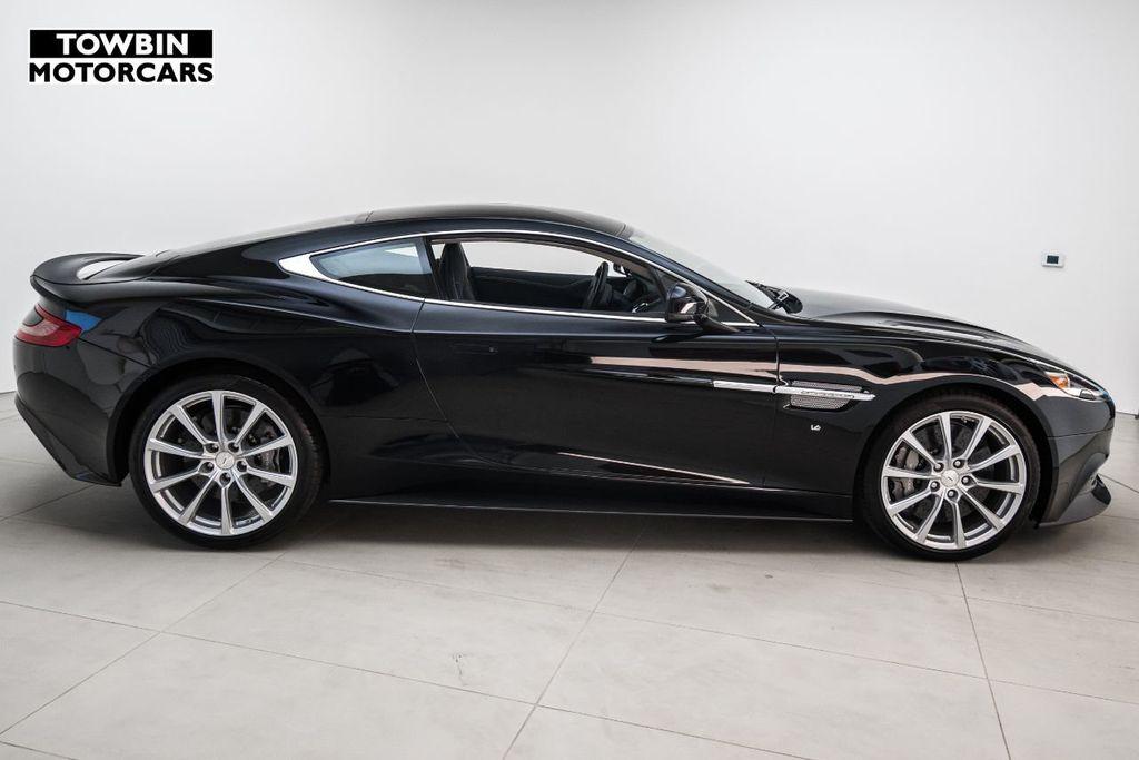 2017 Aston Martin Vanquish Coupe - 15602277 - 3