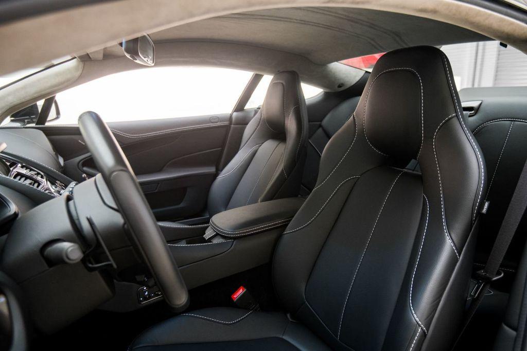 2017 Aston Martin Vanquish Coupe - 15602277 - 8