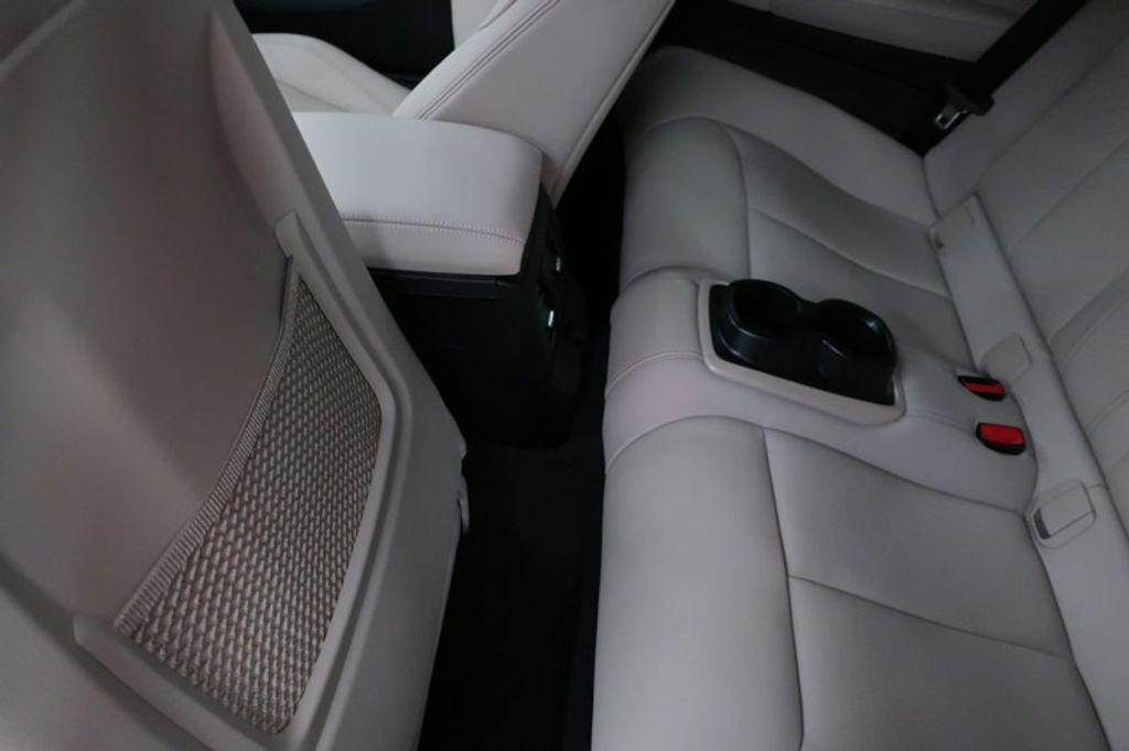 2017 BMW 2 Series M240i - 16648346 - 19