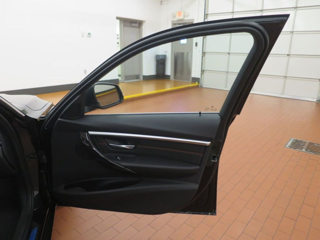 2017 BMW 3 Series 330e iPerformance Plug-In Hybrid - 16419470 - 21
