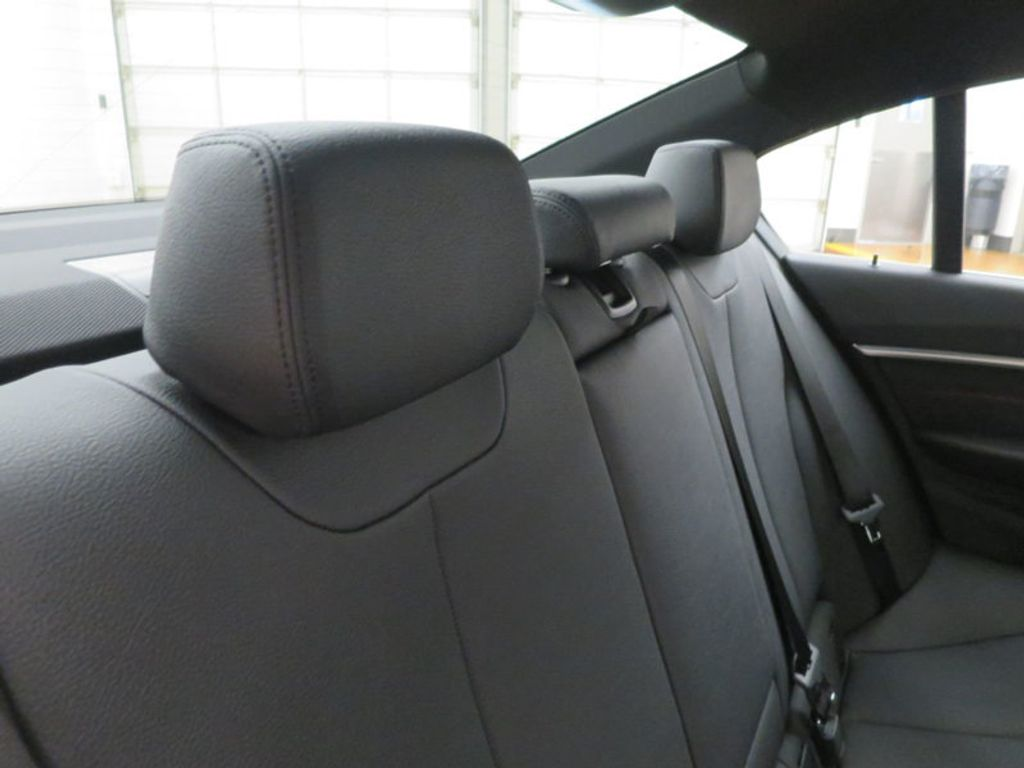 2017 BMW 3 Series 330e iPerformance Plug-In Hybrid - 16419470 - 34
