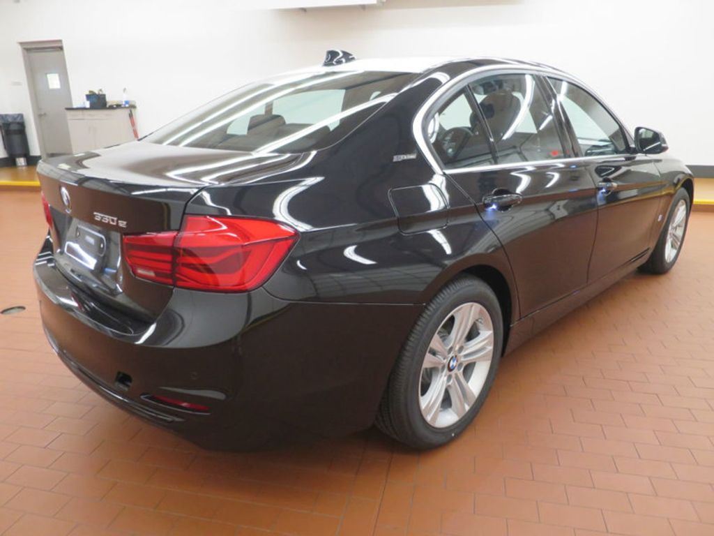 2017 BMW 3 Series 330e iPerformance Plug-In Hybrid - 16419470 - 3