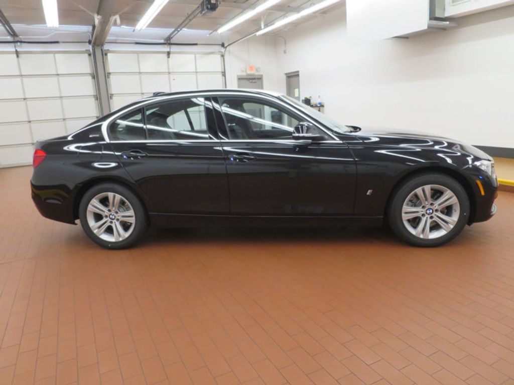 2017 BMW 3 Series 330e iPerformance Plug-In Hybrid - 16419470 - 4