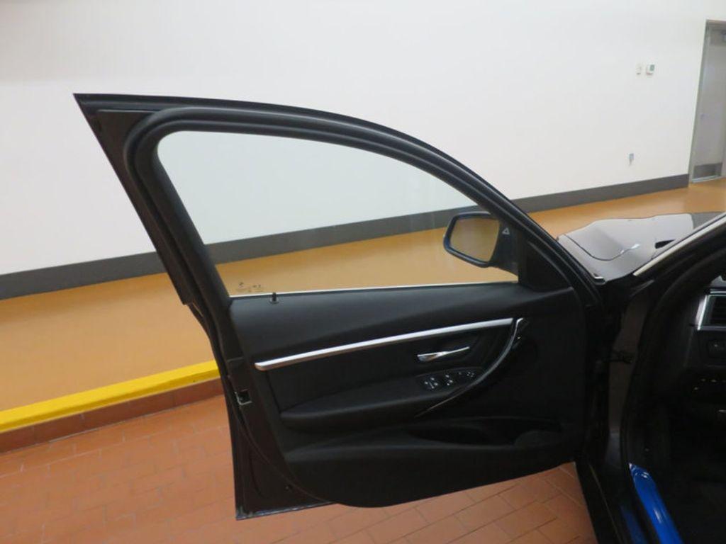 2017 BMW 3 Series 330e iPerformance Plug-In Hybrid - 16512444 - 12