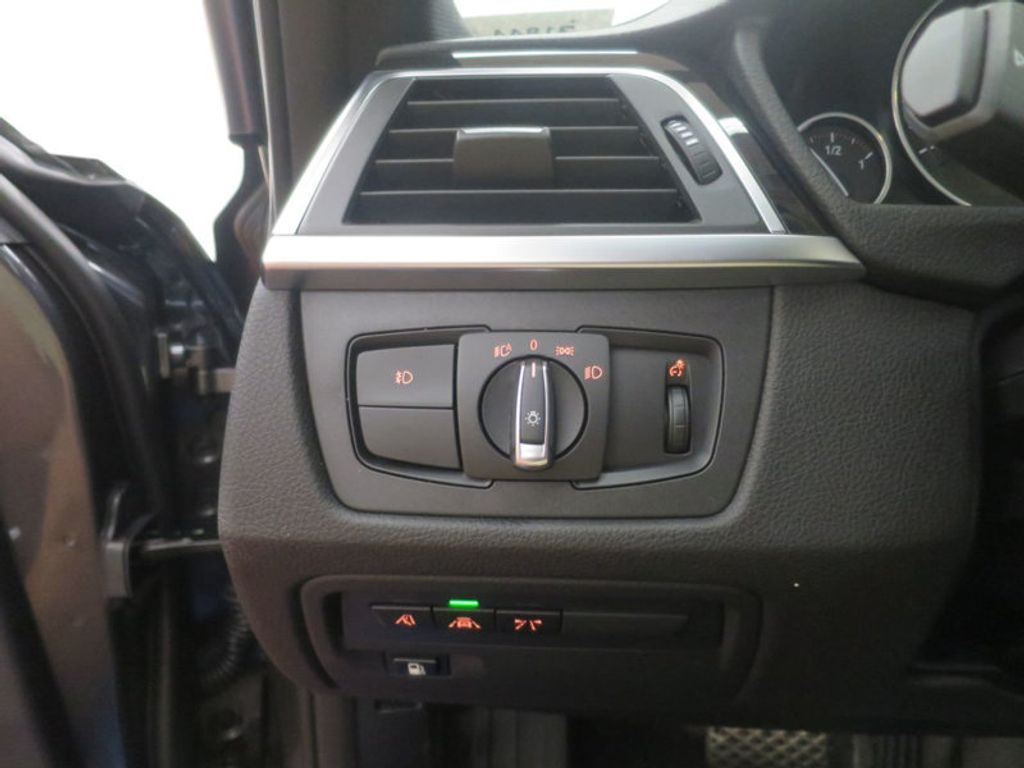 2017 BMW 3 Series 330e iPerformance Plug-In Hybrid - 16512444 - 35