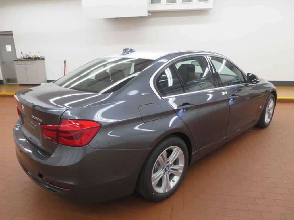 2017 BMW 3 Series 330e iPerformance Plug-In Hybrid - 16512444 - 3