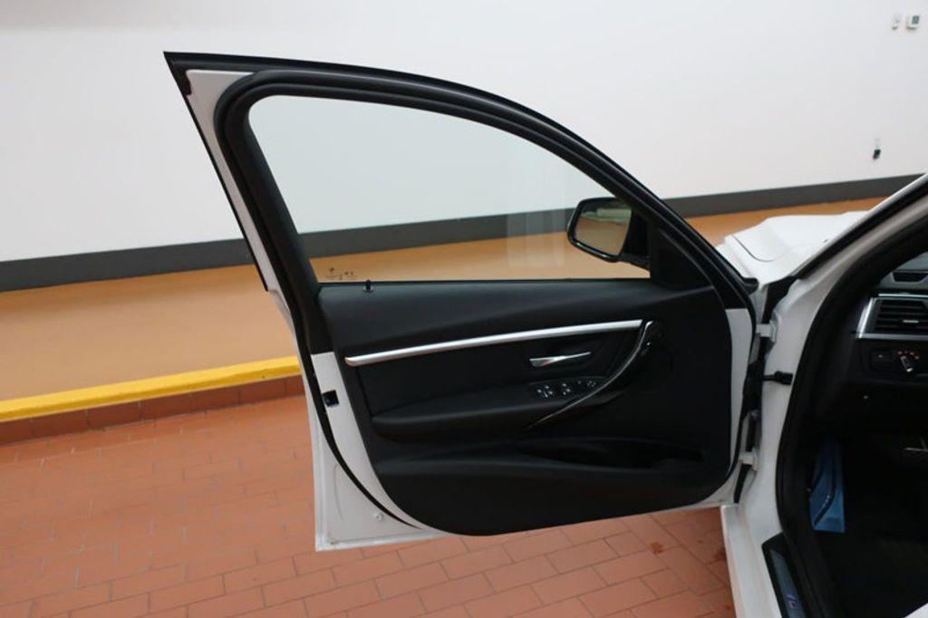 2017 BMW 3 Series 330e iPerformance Plug-In Hybrid - 16659151 - 11