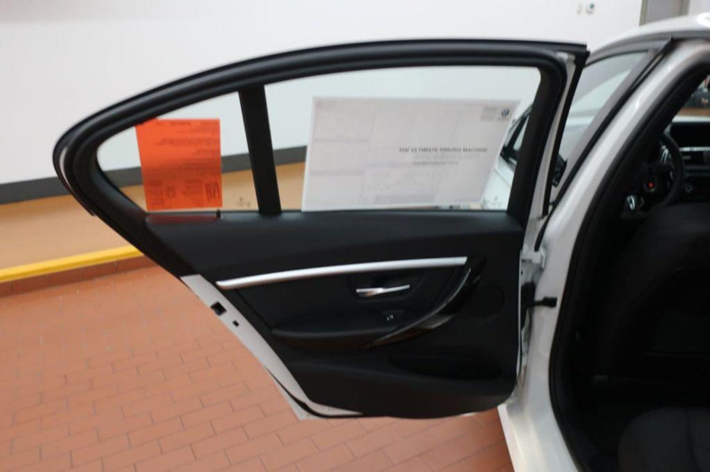2017 BMW 3 Series 330e iPerformance Plug-In Hybrid - 16659151 - 16