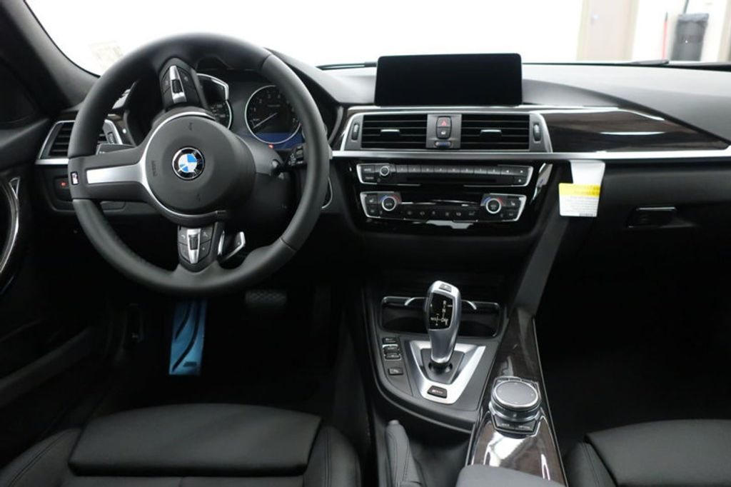 2017 BMW 3 Series 330e iPerformance Plug-In Hybrid - 16659151 - 34