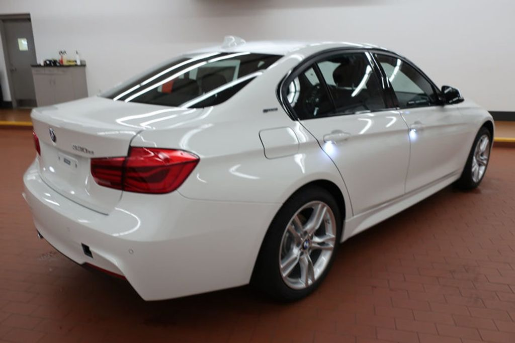 2017 BMW 3 Series 330e iPerformance Plug-In Hybrid - 16659151 - 3