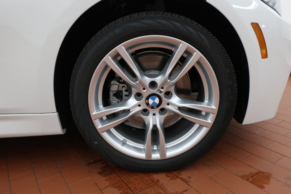 2017 BMW 3 Series 330e iPerformance Plug-In Hybrid - 16659151 - 5