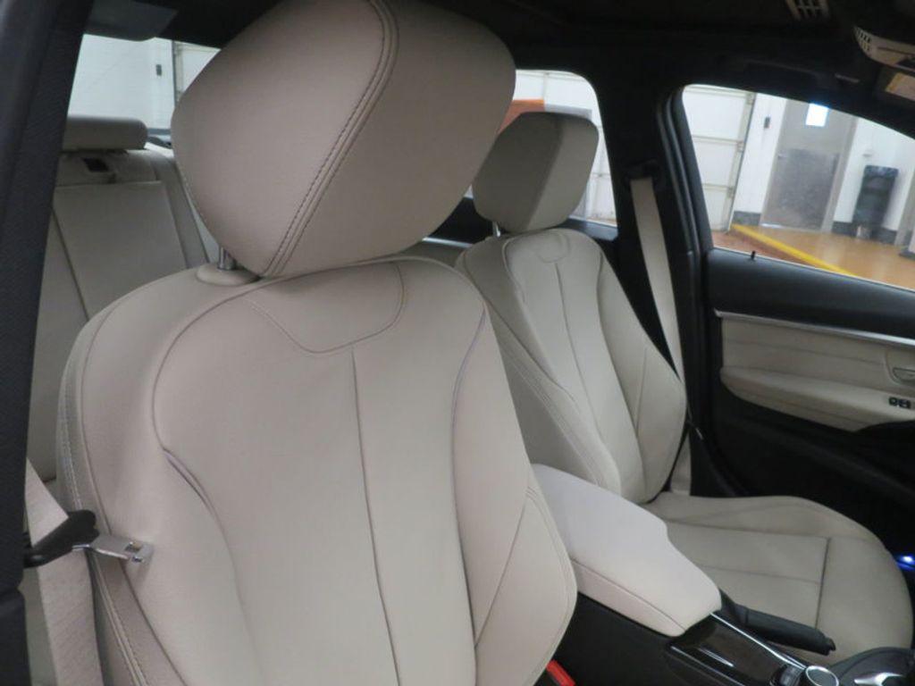 2017 BMW 3 Series 330i - 15835118 - 27
