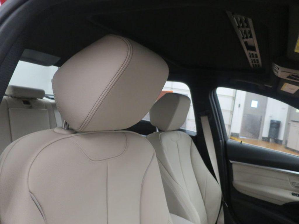 2017 BMW 3 Series 330i - 15835118 - 28