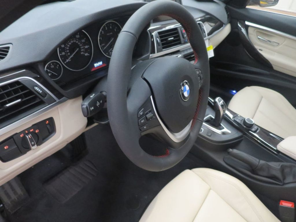 2017 BMW 3 Series 330i - 15835118 - 34