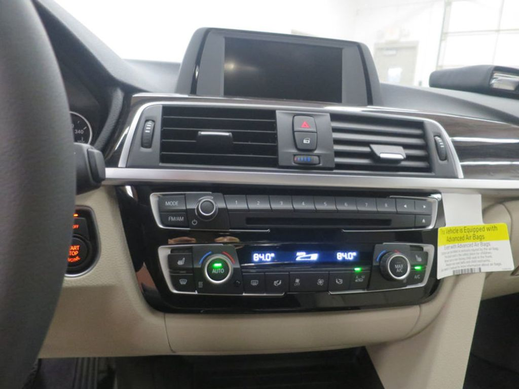 2017 BMW 3 Series 330i - 15835118 - 41