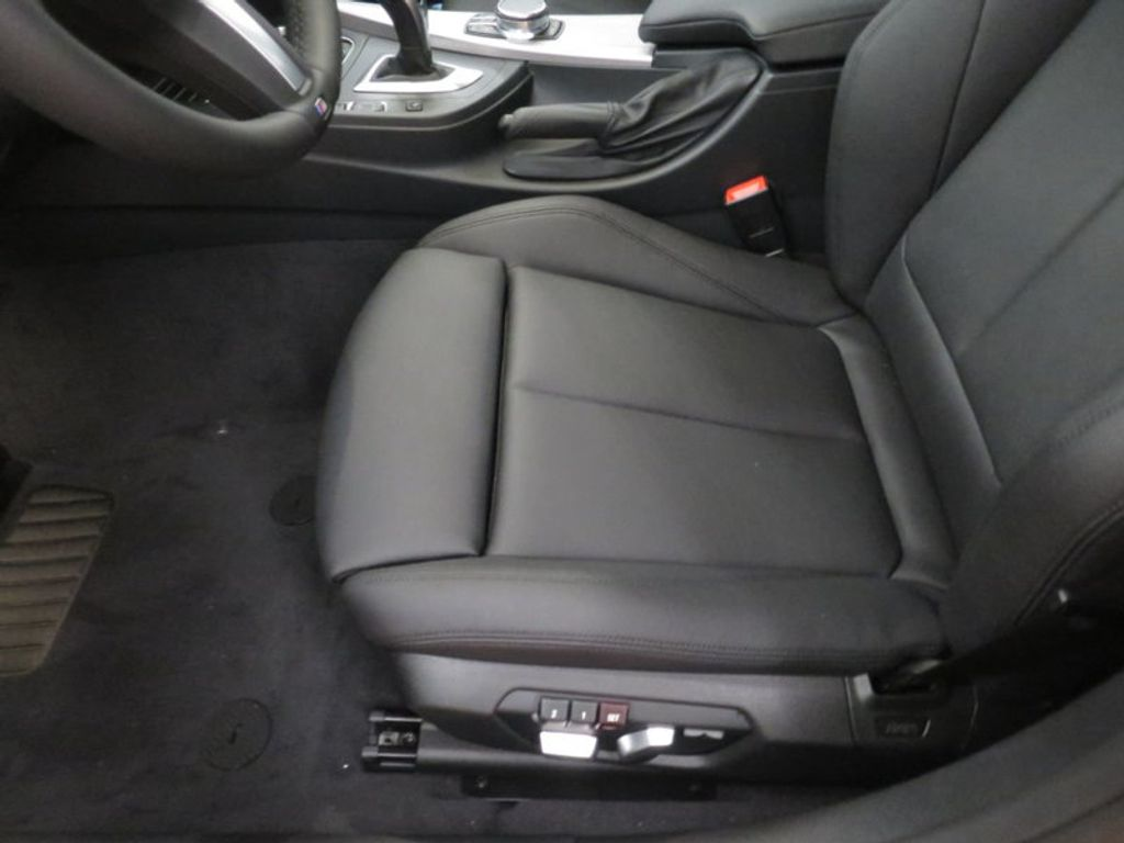 2017 BMW 3 Series 330i - 16564069 - 13