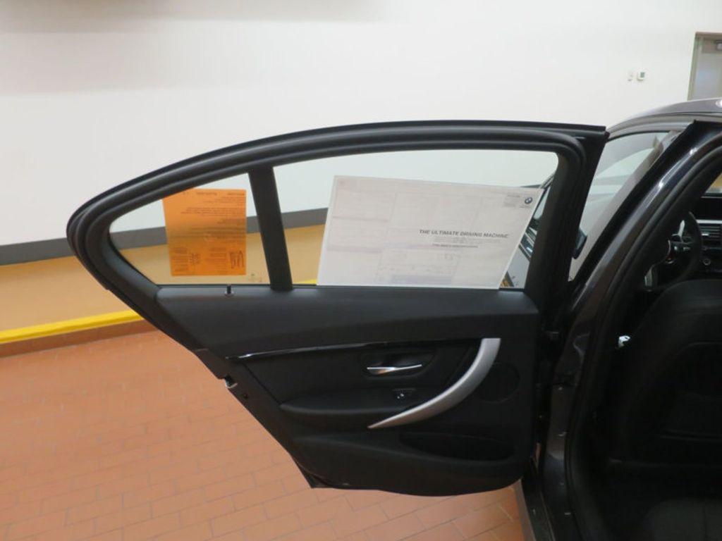 2017 BMW 3 Series 330i - 16564069 - 15